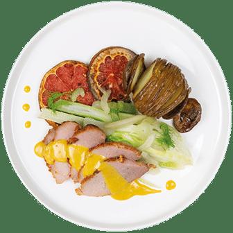 Beenham, Honing-Mosterdsaus, Venkel en Hasselback Potato